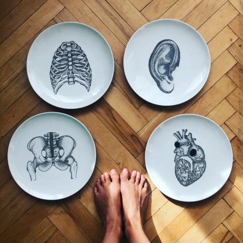 Patery ręczenie malowane z dziurkami od spodu do samodzielnego zawieszenia i wypalane w piecu ceramicznym